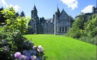 Loch Ness Luxury Apartment at Fort Augustus with Pool and Spa
