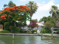 Nice house directly at the water with private garden, dock (remodeld in 2011)