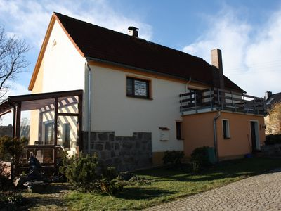 Bright cozy, family friendly apartment with views to the Ore Mountains