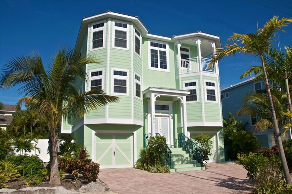 Holmes Beach House Rental Tropical Oasis Luxury 8 Bedroom Next To Beach Tropical Pool Homeaway
