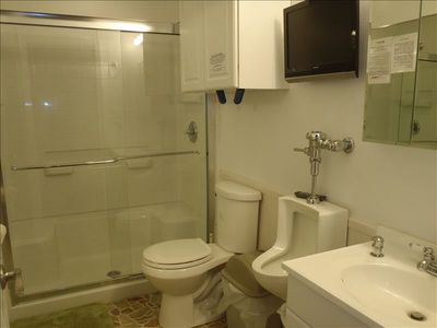 Gulfport house rental - Just off Great Room, Hall Bath is for the 2 private rooms