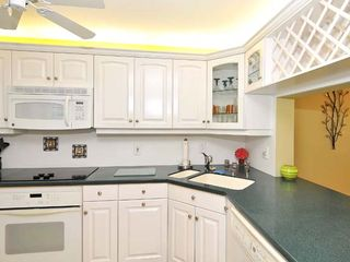 Lido Key condo photo - Kitchen