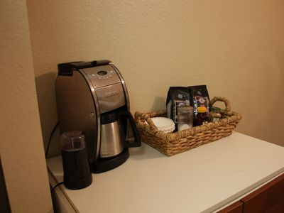 Austin apartment rental - Coffee center.