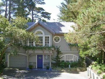 Carmel cottage rental - Out of the Blue