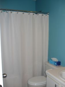Gulf Shores condo rental - Full bath with a shower tub
