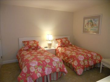 twin beds and bath in the second bedroom