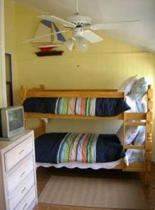 Sea Island condo rental - Bunk Room