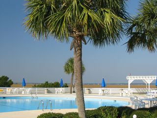Harbor Island house photo - Enjoy the Beach & Racquet Club pool and tennis!