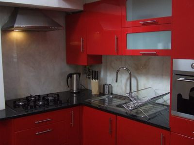 Alfama apartment rental - Sleek fully-equipped kitchen
