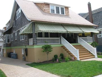 Cape May house rental - Wonderful Stockton Ave home 9 BR/6 baths, 3 porches, 3 kitchens, 24 beach bikes