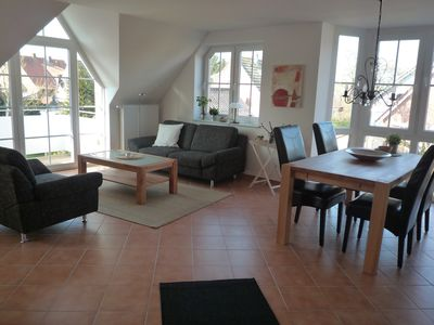 New stylish apartment in Greetsiel - within sight of the twin windmills!