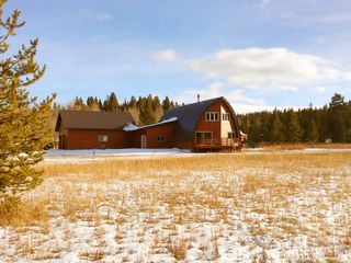 West Yellowstone house photo - View of yard and front of house. 2-car garage, Apartment avail above garage too!