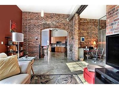 Modern Industrial Loft In Dowtown Denver Near VRBO