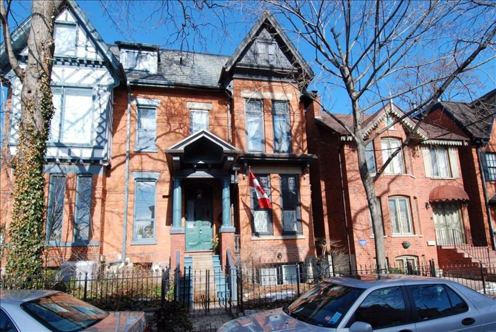 Downtown Apartment In Historic Cabbagetown 2 BR Vacation Apartment For Rent