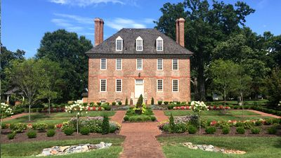 Popular Williamsburg Resort Close To All Area Attractions! On Sale. ACT NOW!