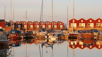 Boathouse in Mellerud marina with all conveniences