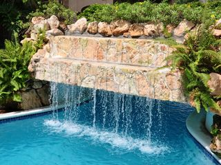 Aruba condo photo - Waterfall in Pool Area