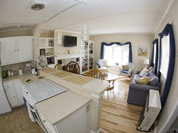 Scarborough and Pine Point house rental - Kitchen / Living Room