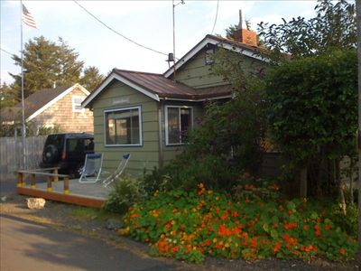 Cannon Beach house rental - Front of Cottage