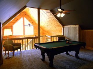 Sevierville cabin photo - Loft/Gameroom