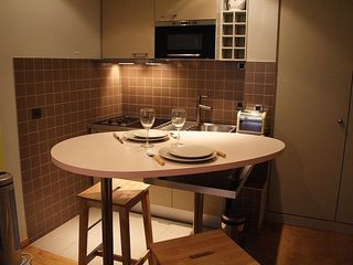 1st Arrondissement Louvre apartment photo - Table for diner