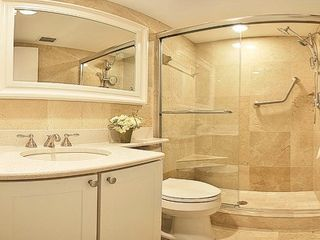 Sanibel Island condo photo - Walk-in marble spa shower