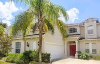 Gorgeous Modern 5 Bed 4.5 Bath Overlooking Conservation Land