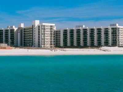 Beautiful Mainsail Condo Complex