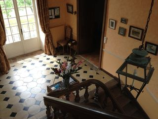 Saint-Georges-sur-Erve chateau / country house photo - magnificent 18th century stair case and hall.