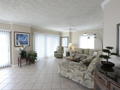 Ocean View, New 3-BR Condo Just Steps to the Beach!