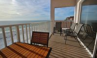 Delightful and Spacious 2 Br Madeira Beach Condo with Direct Ocean View and Close to Famous John's Pass!