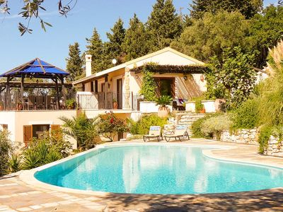 Villa Petalutha - A Stunning Villa with panoramic sea views
