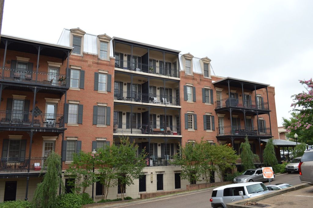 5 star condo on the square vrbo One bedroom apartments oxford ms