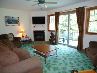 Lake Placid townhome photo - Family Room Gas Fireplace
