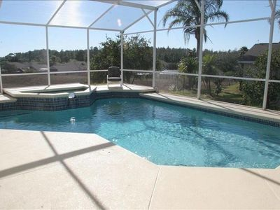 Large south facing pool and jacuzzi