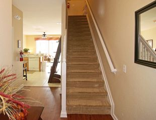Windsor Hills townhome photo - Newly renovated entryway