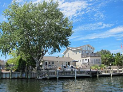 6BR, 6 bath lagoon front with bay views