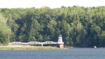 Doubling Point Lightouse on Kennebec River