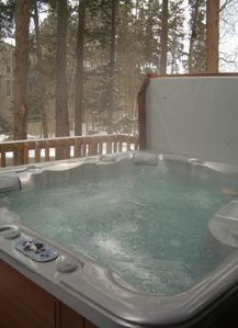 Private 6-person hot tub