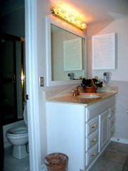 Kiawah Island villa photo - Guest Bathroom