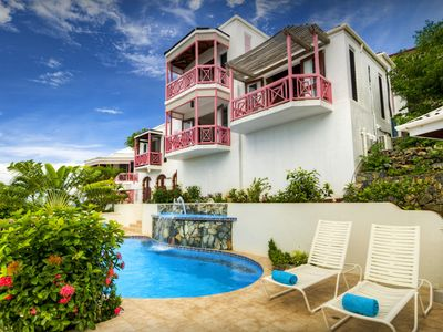 The Sunset House offers an enchanting Caribbean vacation.