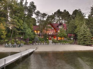 Family Friendly Hand Scribed Log Cabin Homeaway