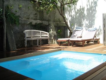 Pool area for sun bathing