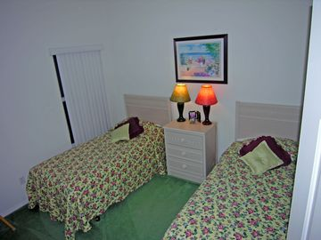 The other twin bedroom