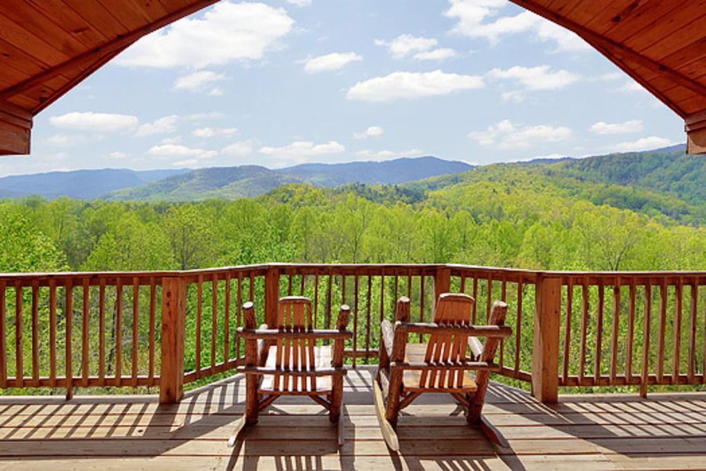Private 1 bedroom with beautiful views of the vrbo for Private cabin rentals in tennessee
