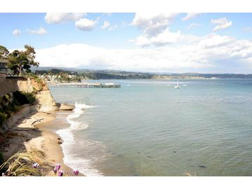 Capitola Village is a 15 minute walk away