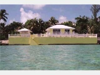 Marsh Harbour cottage photo - Right on the Sea of Abaco