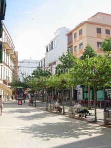 Estepona Port - Estepona Town apartment rental - The pedestrianised shopping area in the old town