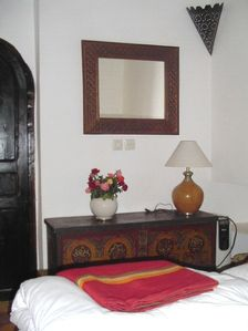 Medina house rental - The Sandalwood Room
