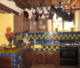 Guanajuato house photo - Spacious & Fully Equipped Kitchen